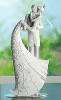 "Wedding Cake Topper ""Kiss"""