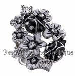 FAIRY TALE BLACK WHITE ENAMEL LADYBUG FLOWER CRYSL RING