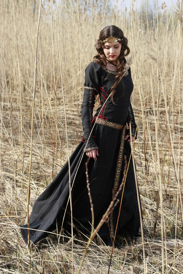 Tween Midnight Huntress Costume - IN-18071 by Medieval Collectibles