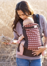 Beco Butterfly 2 Organic Baby Carrier in Cars
