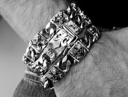 Perfect Collateral N.C. Cross Bracelet Silver
