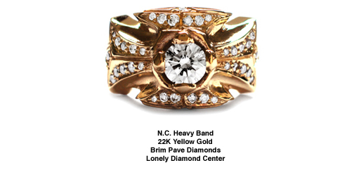 N.C. Heavy Band 22K Gold Brim Pave Diamonds Lonely Diamond Center