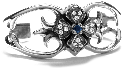 Simple Ghia E.C. Bangle Silver with Sapphire Center and Diamond Tips