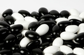 Black and White Jordan Almonds (25 Pound Case)