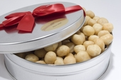 Royal  Whole Macadamias