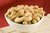 Roasted Large Cashews (25 Pound Case)