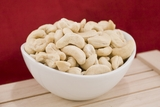 Raw Large Cashews (25 Pound Case)