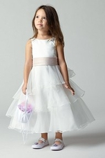 WATTERS and WATTERS FLOWERGIRL: WATTERS and WATTERS 46220