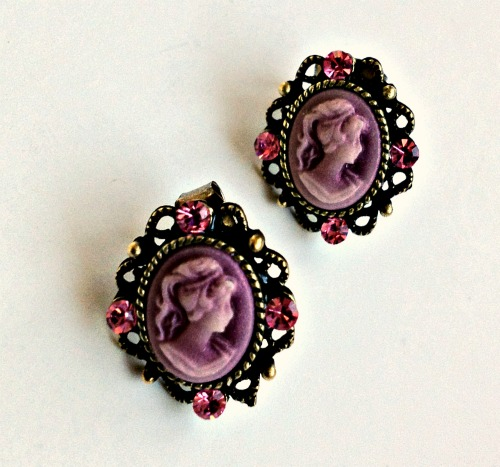 Antique Cameo Charm Earrings (2 Colors)