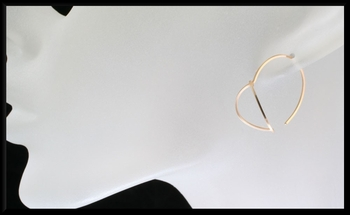 Gold Leaf Shaped Hoops (sm)