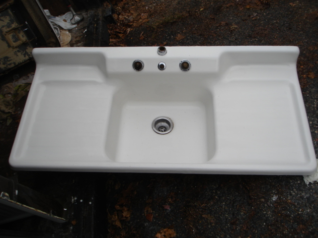 Superb Single Basin Double Drainboard Porcelain Over Cast Iron Sink