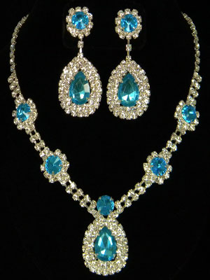 Vintage Style Aqua Blue & Clear Rhinestone Necklace with Earrings