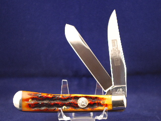 Queen Premium Trapper, Aged Honey Amber Stag Bone