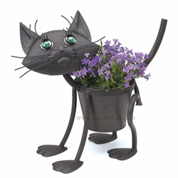 Garden Kitty Cat Metal Planter - Click to enlarge