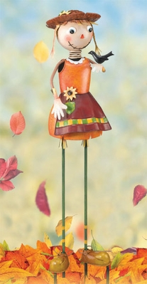 Scarecrow Girl Garden Decor - Click to enlarge