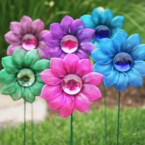 Dazzling Daisy Garden Stakes (Set of 5) - Click to enlarge
