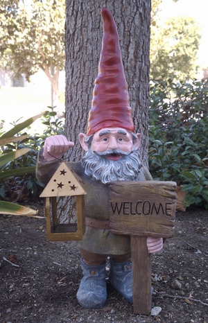Gnome Statue w/Welcome Sign - Click to enlarge