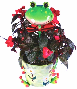 Metal Flower Pot w/Cheery Frog Head - Click to enlarge