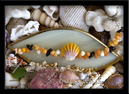 Multi Color Mongo Shells & Hawaiian Sunrise Shell Bracelet