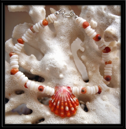 Red - Orange Sunrise Shell & Puka Shell Bracelet