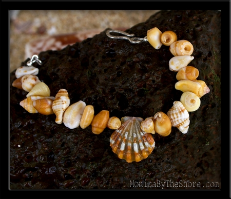 Sunrise Shell Beach Candy Red Sunset Bracelet