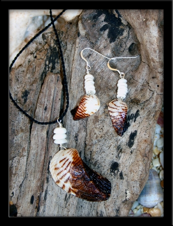 Angel Wing Shell & Puka Shell Necklace & Earring Set