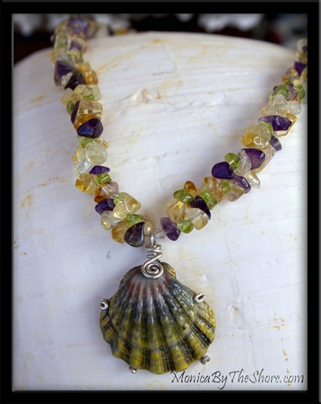 Hawaiian Moonrise Green Sunrise Shell & Gemstone Lei Necklace