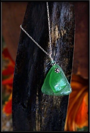 Green Seaglass & Crystal Floating Necklace