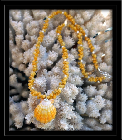 Yellow & White Sunrise Shell Mongo Shell & Pearl Lei Necklace