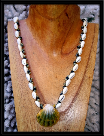 Jumbo Green Sunrise Shell & Cowrie Shell Kane Lei Necklace