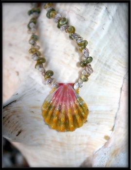 Baby Green & Pink Sunrise Shell with Mongo & Momi Shells & Matching Mommy Bracelet