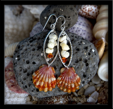 Red Tiger Stripe Hawaiian Sunrise Shell & White Tahitian Mongo Shells Sunrise Shell Silver Earrings