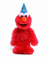 Gund 319969 Happy Birthday Elmo w/ Sound - click to enlarge