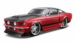 Maisto 1967 Ford Mustang - click to enlarge
