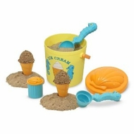 Melissa and Doug 6433 Sunny Patch Speck Seahorse Sand Ice Cream Set - click to enlarge
