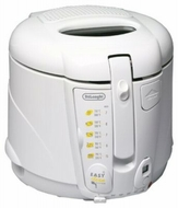 DeLonghi D689UX Deep Fryer - click to enlarge