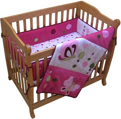 Raspberry Swirl 3 Piece Portacrib Bedding Set by Lambs & Ivy