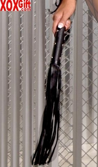 Leather whip With studs EM L9154