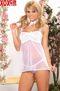Flirty baby doll With stretch lace bodice, sheer skirt, matching G-string EM 0850