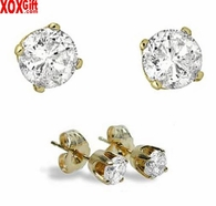 Diamond Stud Earrings J150782