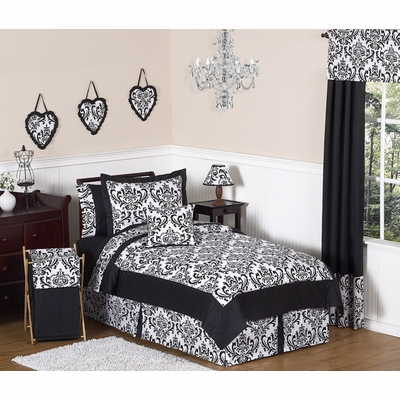 Isabella Black and White Full/Queen Bedding Collection