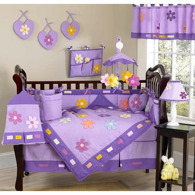 Daisies Crib Bedding Collection