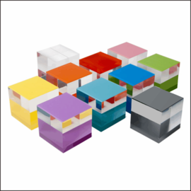 D2 Countertop Cube Displays for Electronics