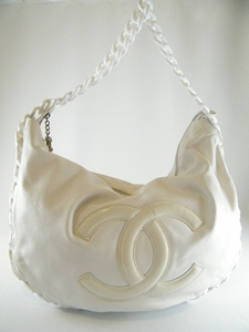 $2600! CHANEL WHITE LEATHER MODERN CHAIN LARGE BAG HOBO (SOLD!)