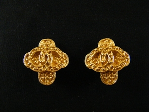Authentic Vintage Chanel Gold Cross Clip on Earrings