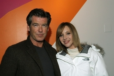Pierce Brosnan & Lisa Kudrow