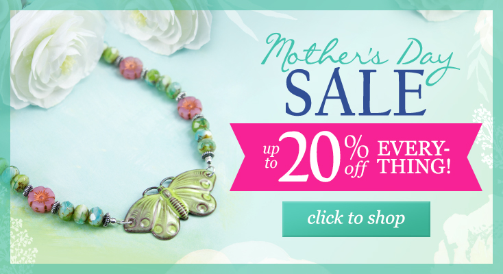 40% Off Sitewide + Free Heart Charm