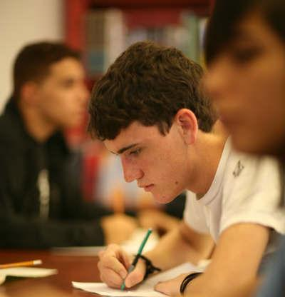 [Image: miami-students-studing-on-own2.jpg]