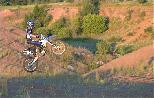 2003 Yamaha YZ85 Specifications http://www.themotorbookstore.com/1563926628.html