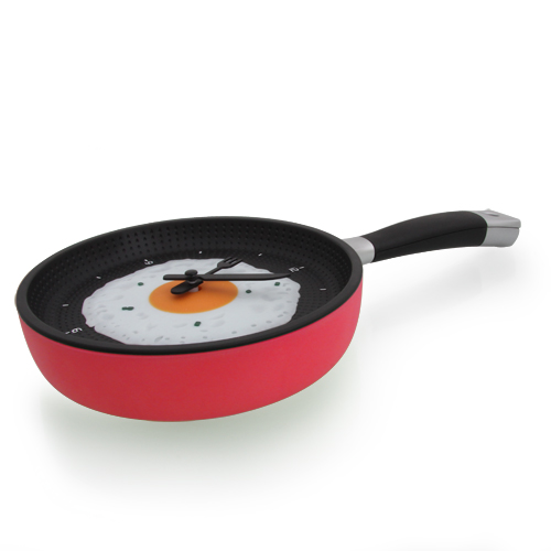 cool kitchen frying pan clock